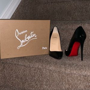 Authentic Patent leather #ChristianLouboutin.